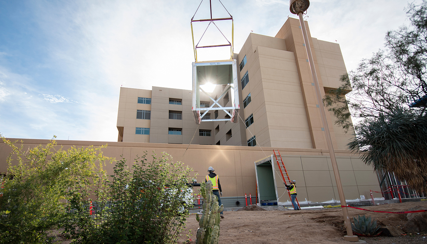 Hallway module lifted into place at Phoenix hospital