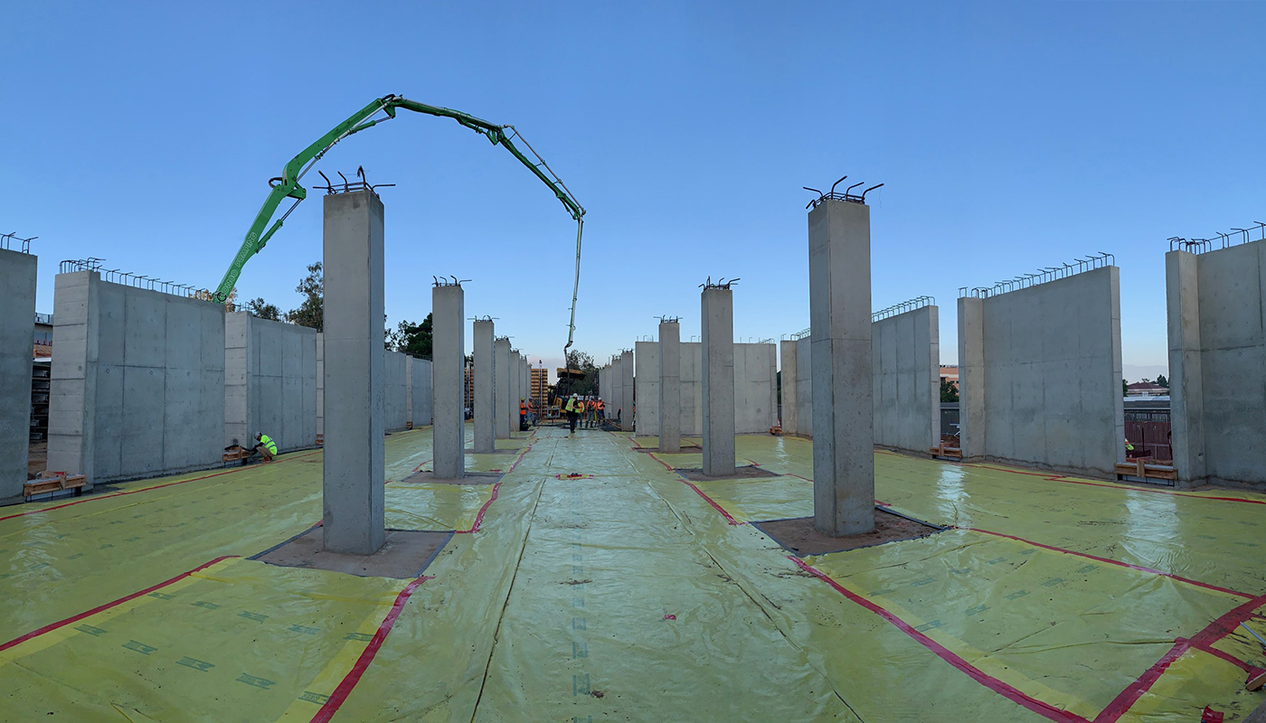 DPR concrete crews pour a cast-in-place structure that serves as the first floor foundation for the glass greenhouse.