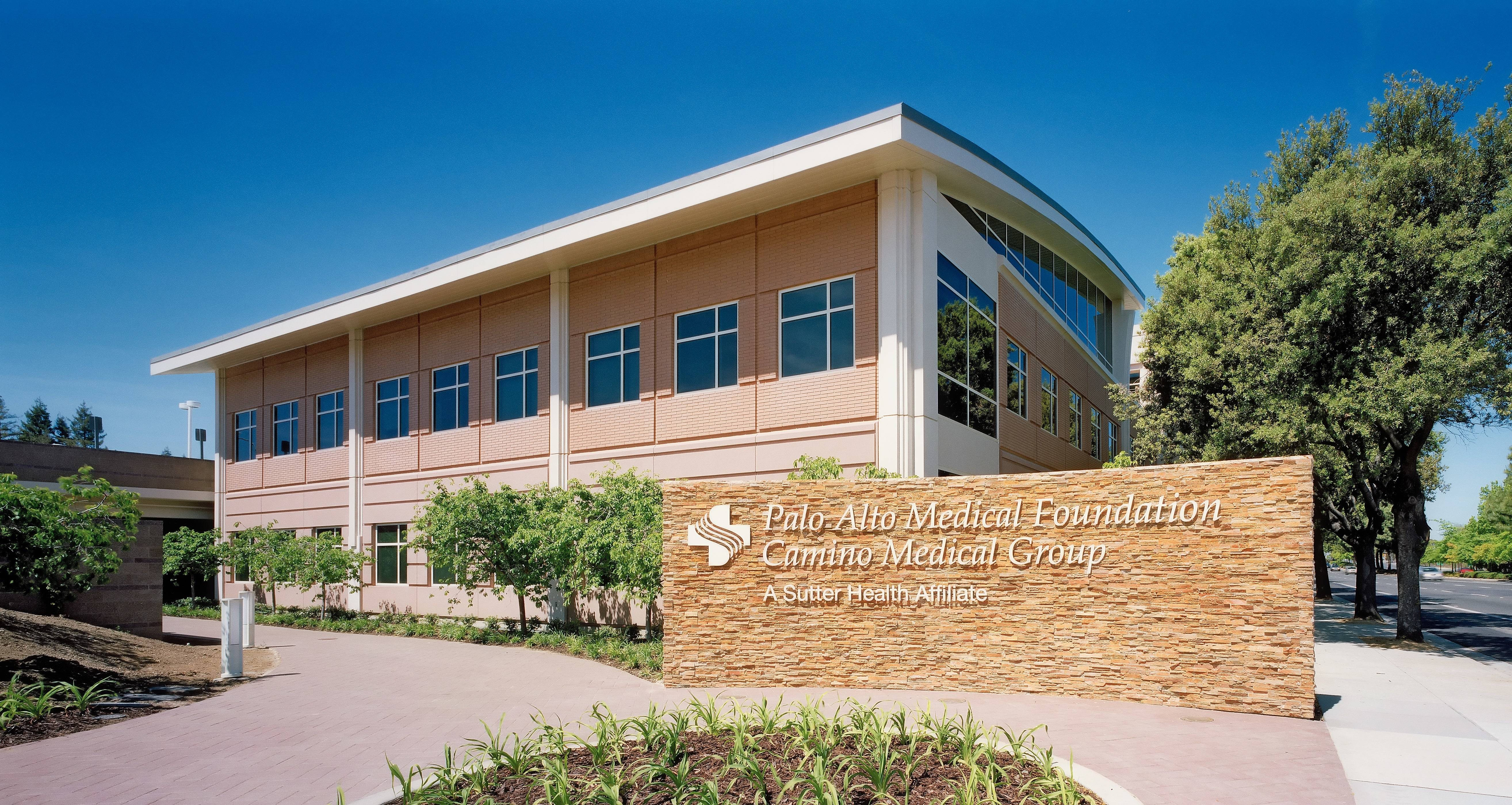 exterior photo Camino Medical Group office