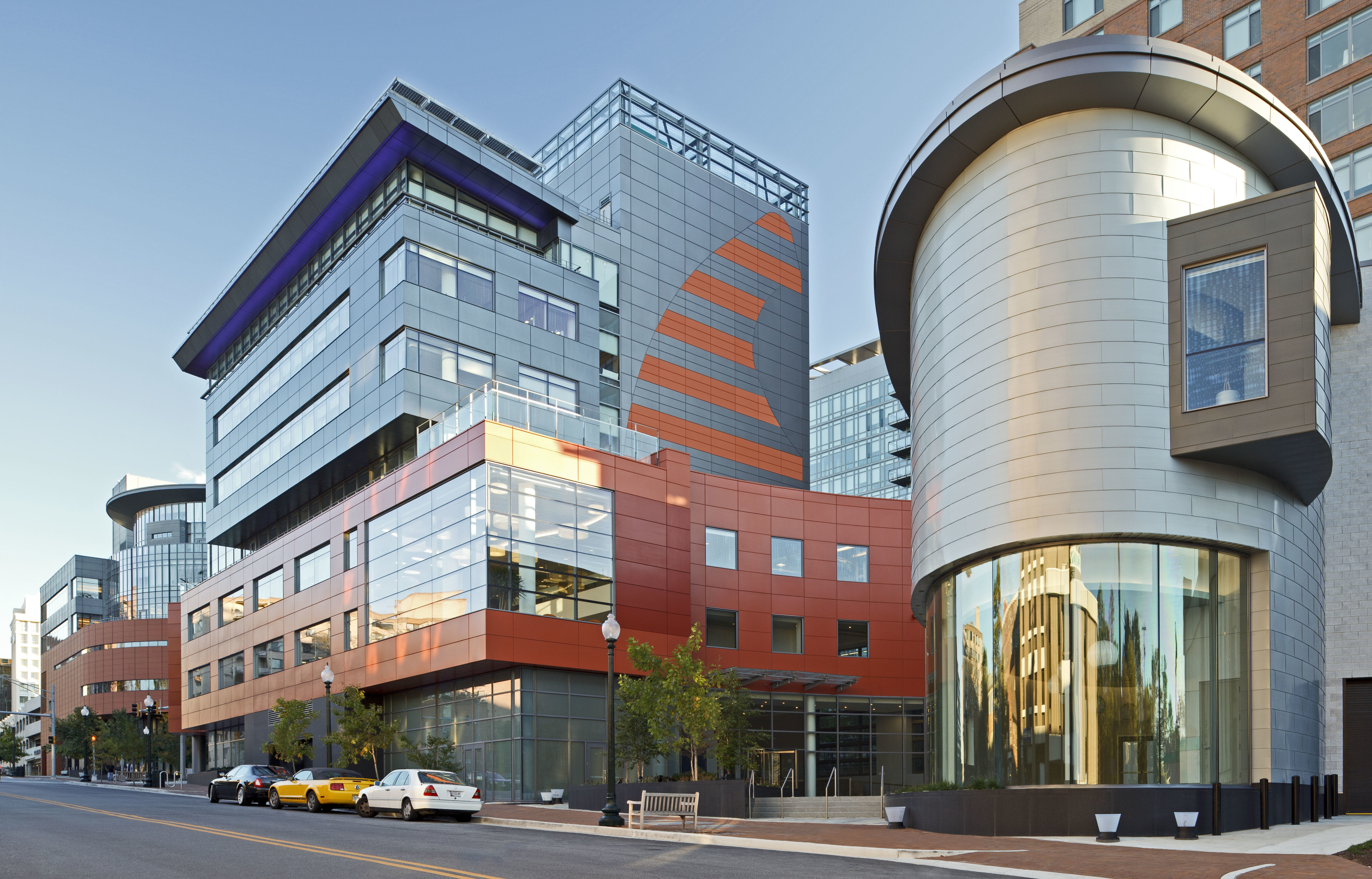 Exterior entrance to United Therapeutics HQ addition from street.